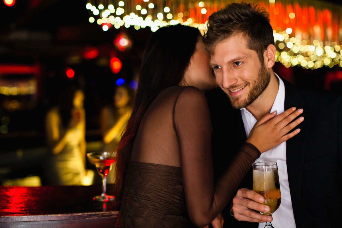 dress-your-best-date-night-video-1072822-TwoByOne